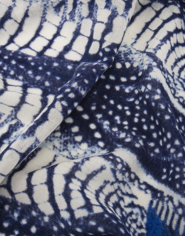 Chal estampado mosaico azules