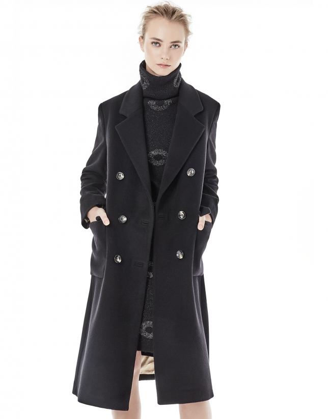 Manteau noir à double boutonnière