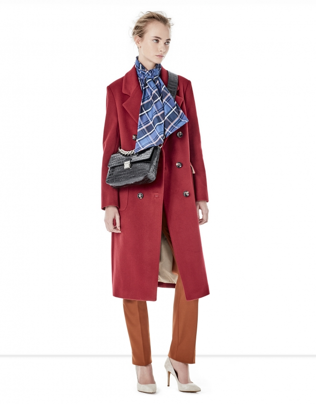 bcce0954e Red coat with double row of buttons - Woman | Roberto Verino