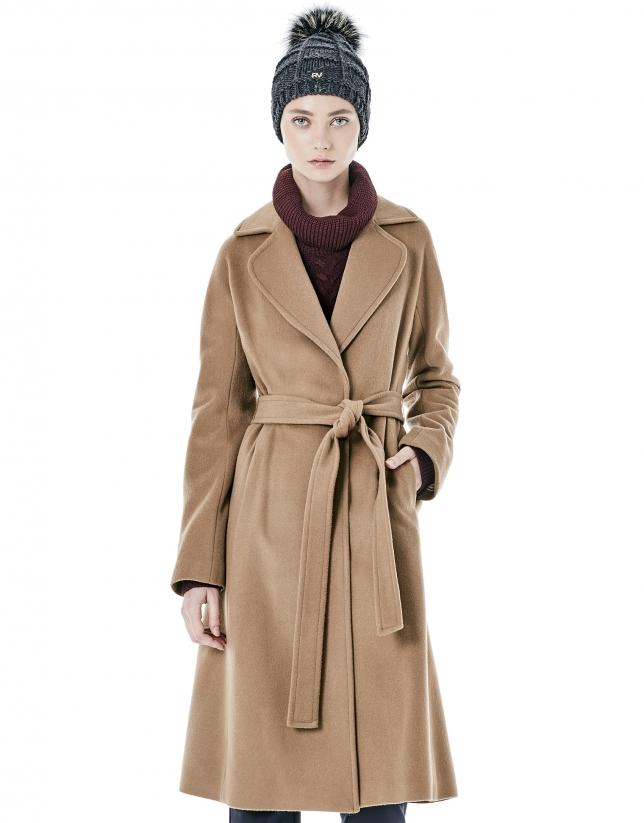 Manteau long marron avec ceinturon