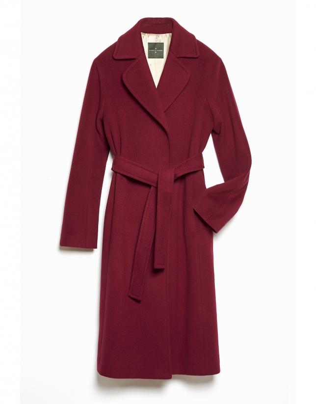 Manteau long grenat avec ceinturon