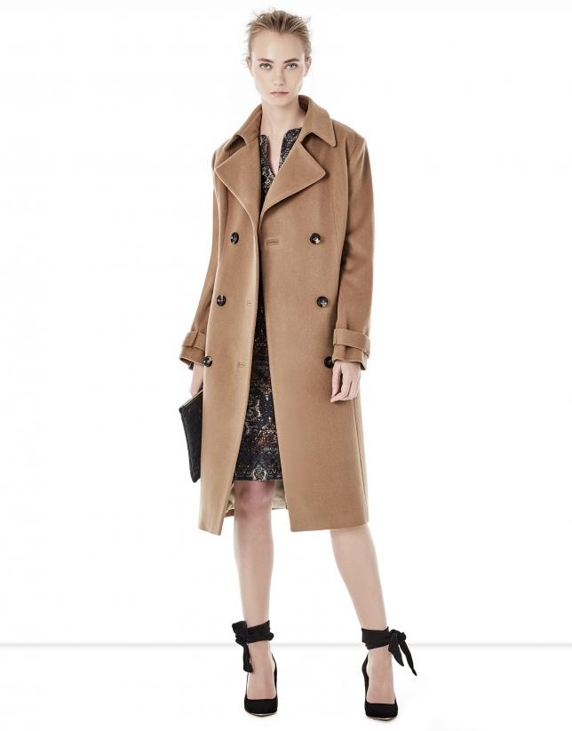 Abrigo corte gabardina marrón