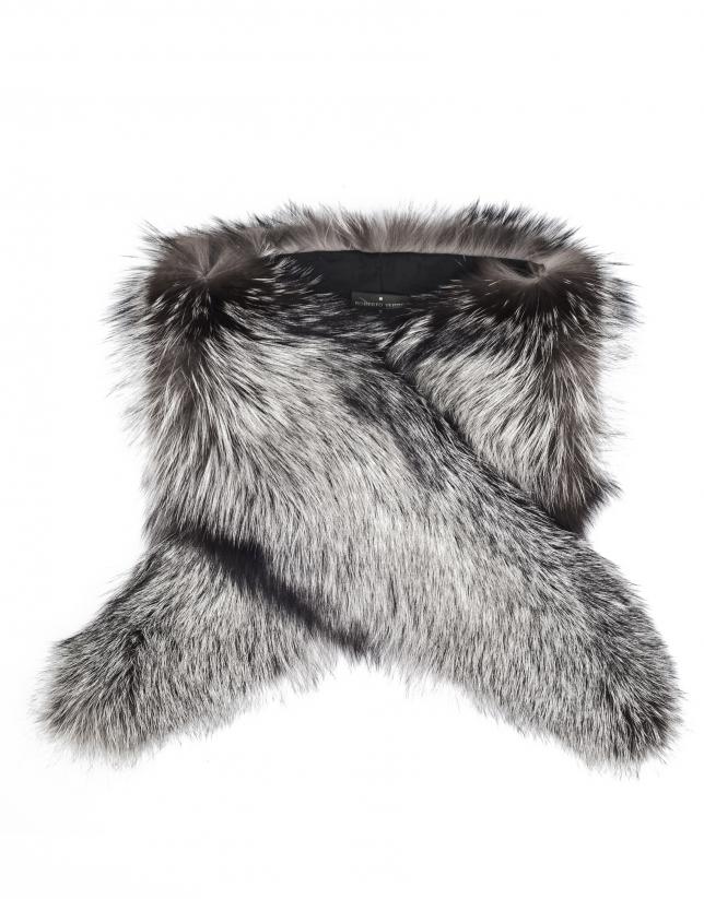 Big gray fox fur collar