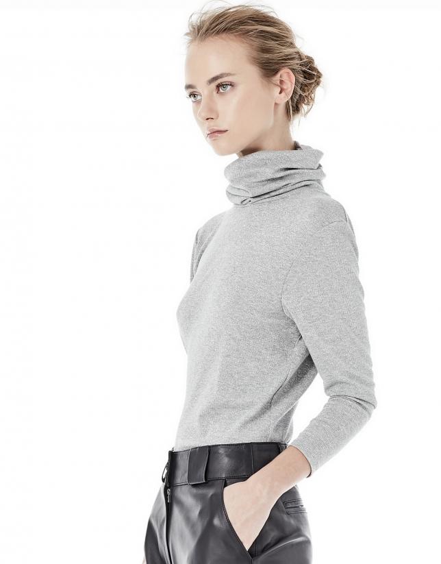 Light gray shiny top
