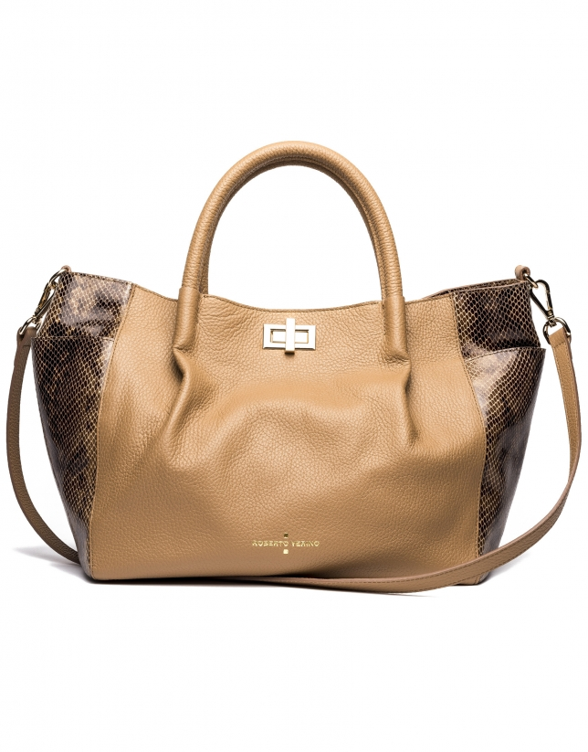 Camel Avenue tote bag