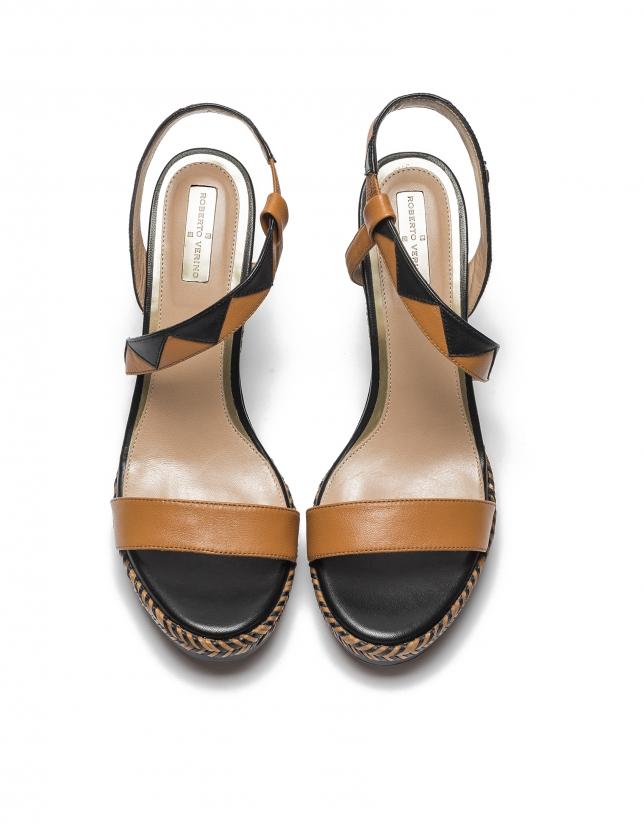 Sandalia de cuña piel tono marrón Cannes
