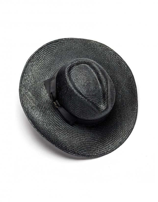 Wide-brim raffia hat
