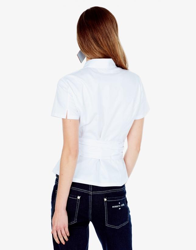 Chemise blanche à ruban