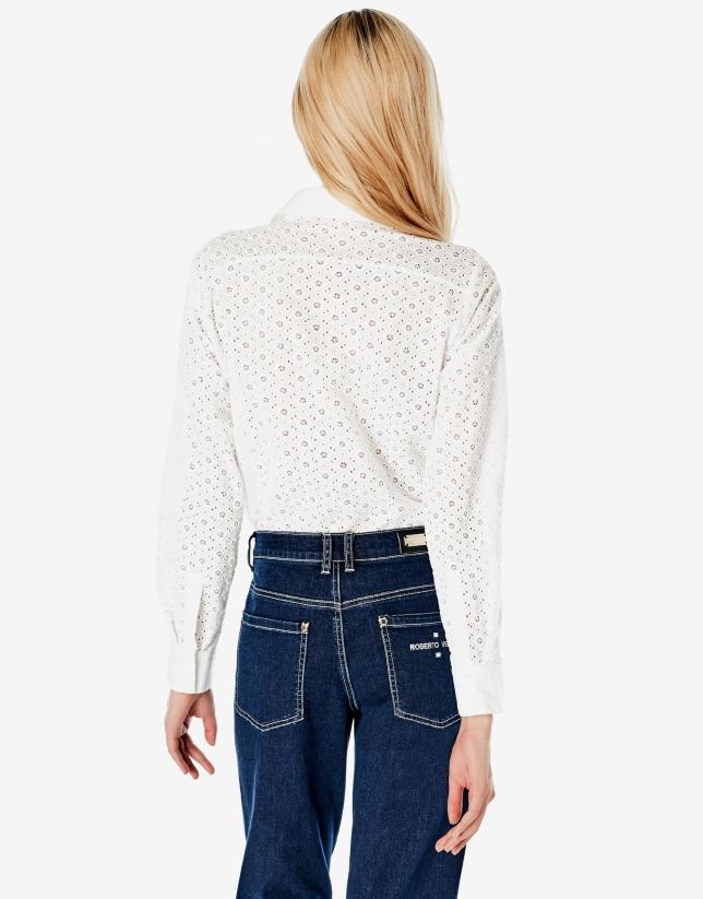 Camisa bordada blanca