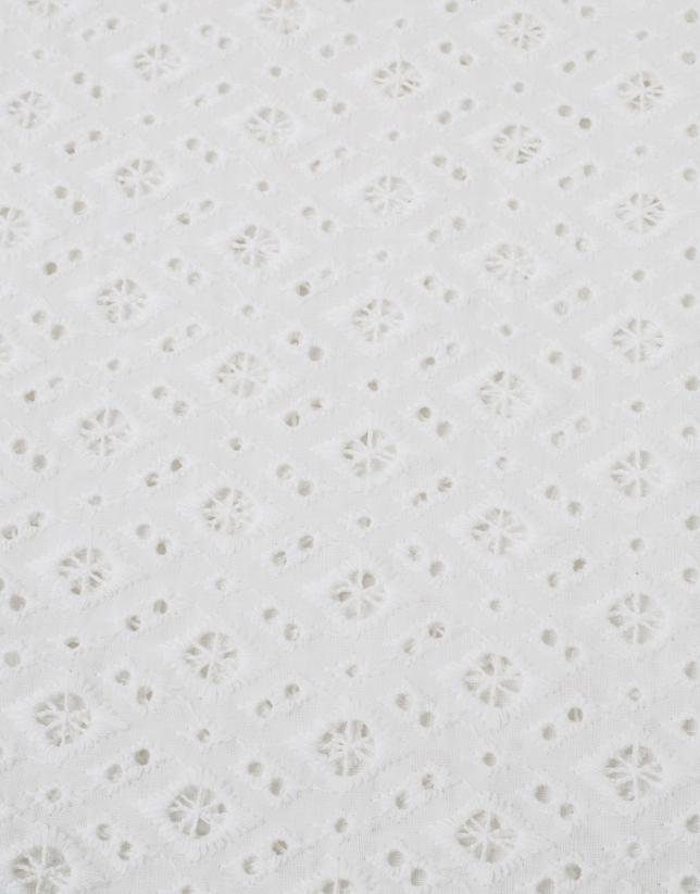 Chemise brodée blanche