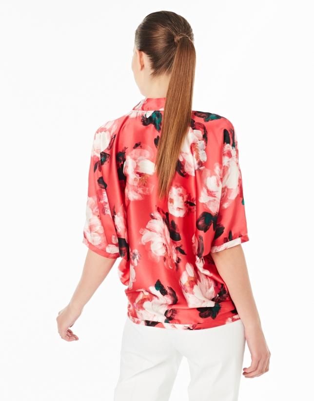 Loose floral print shirt