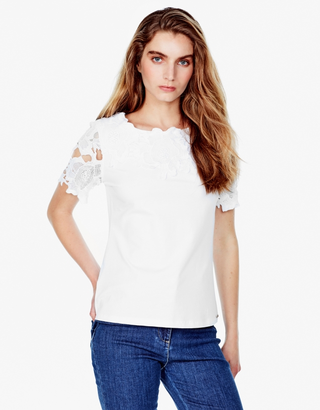 Camiseta encaje blanca