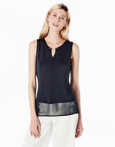 T-shirt bleu, col à barrette en tissu