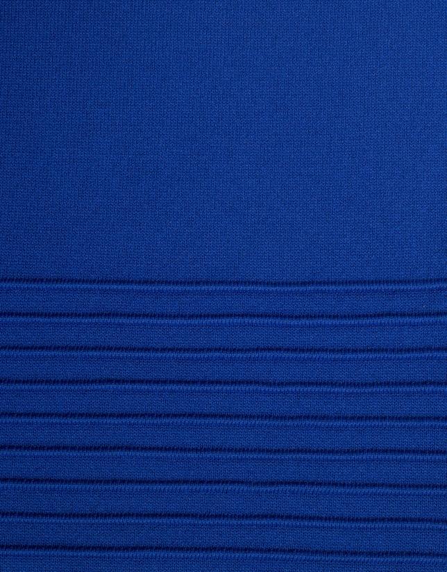 Robe bleue en maille à volant