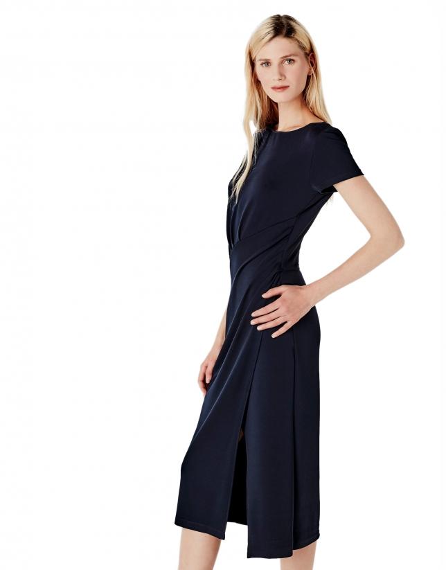 Robe plissée bleue en maille