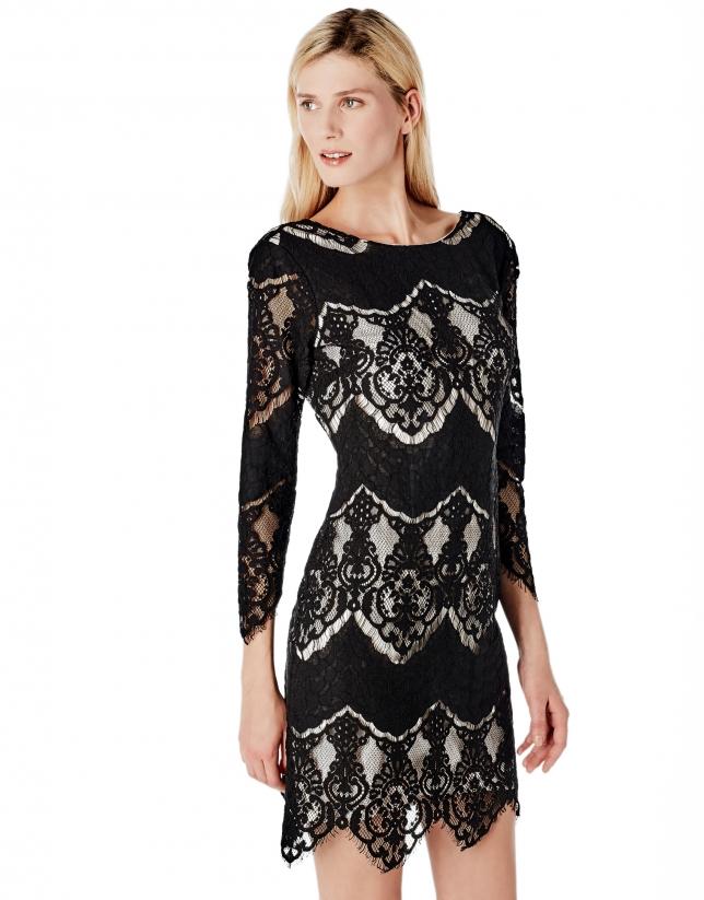 Vestido encaje negro forro a contraste blanco