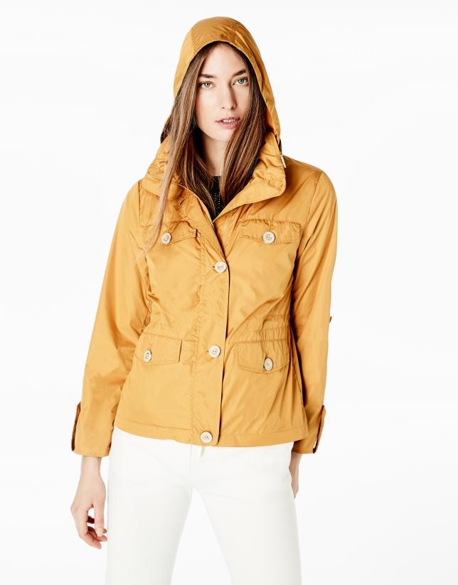 Blouson court couleur ambre