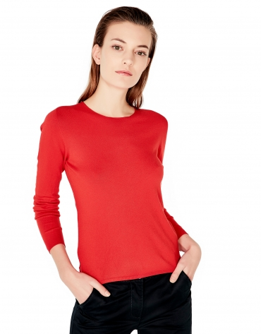 Pull col ras du cou rouge