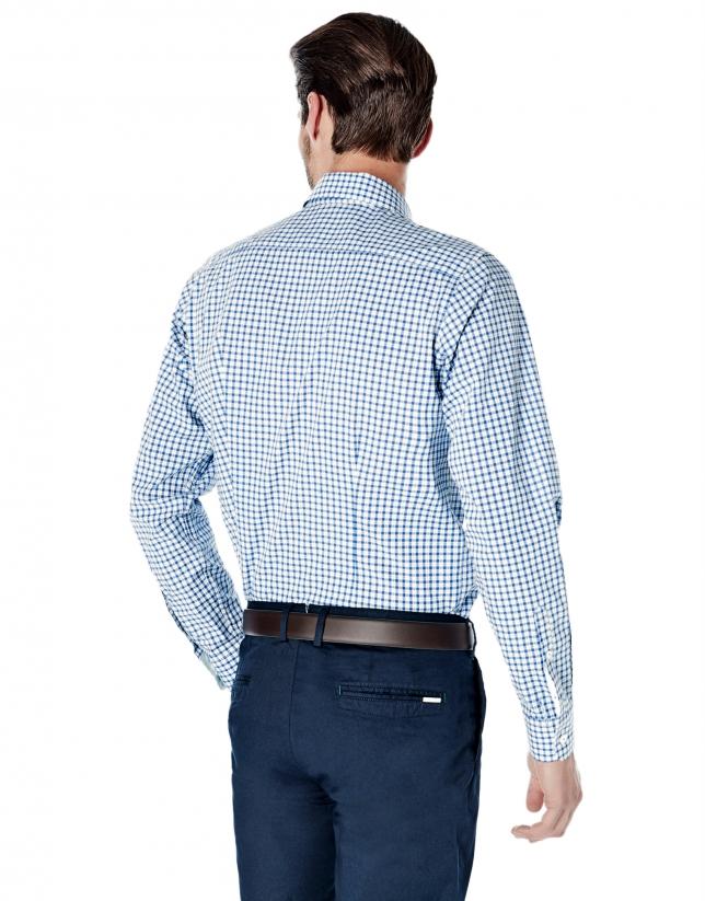 Chemise décontractée à carreaux bleu roi, profilée en vert