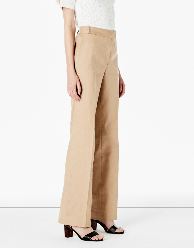 Pantalon de tailleur couleur noisette