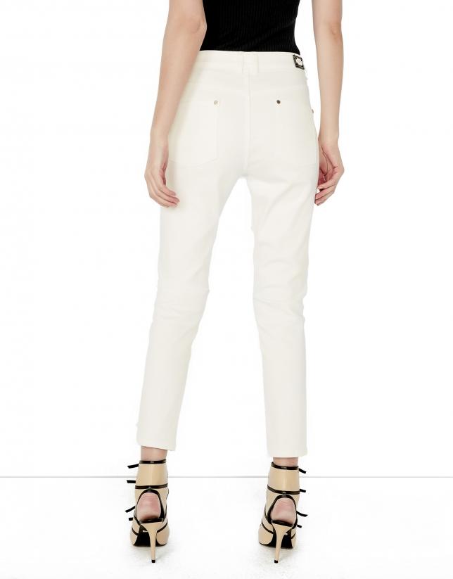 Pantalón 5 bolsillos beige