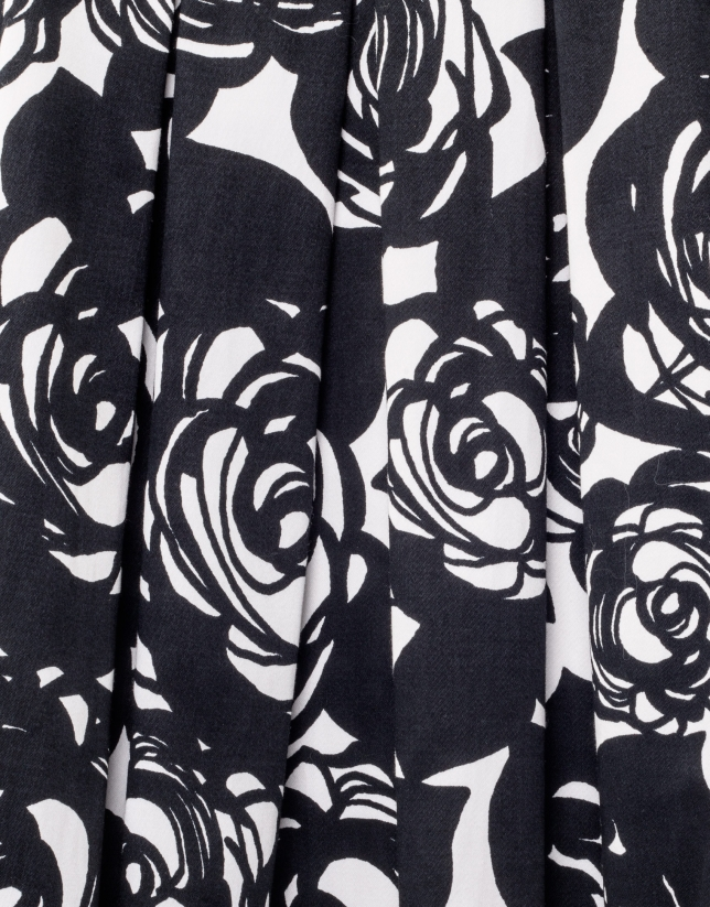 Robe plissée noire