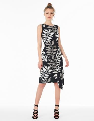 Dress with flounce