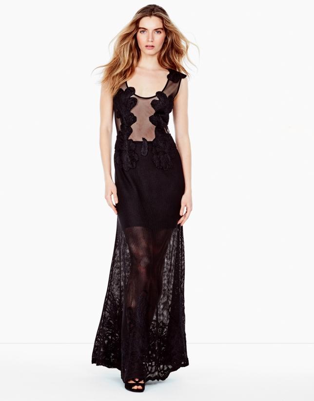 Vestido largo bordado negro