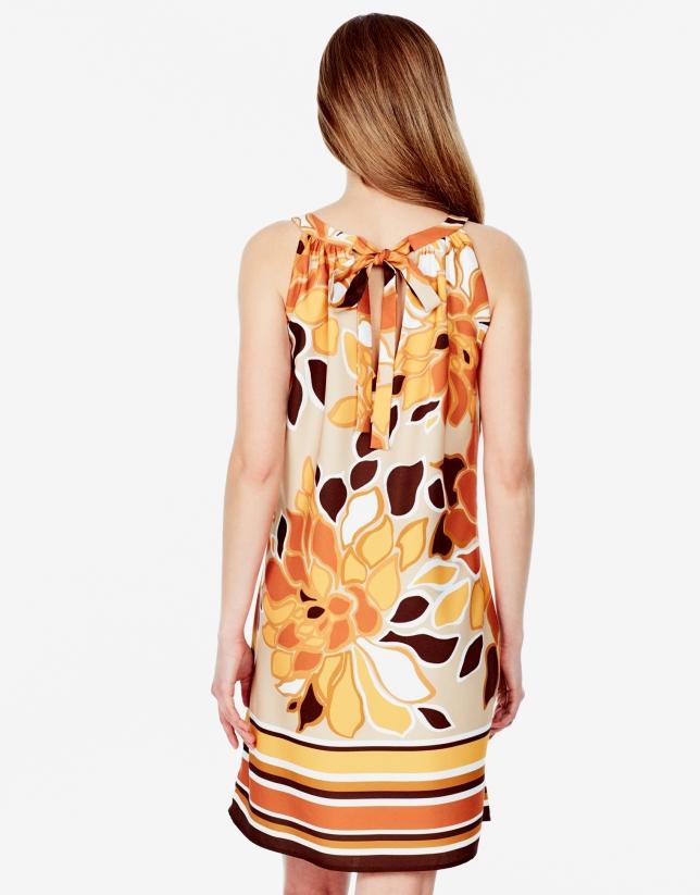 Vestido escote halter estampado floral