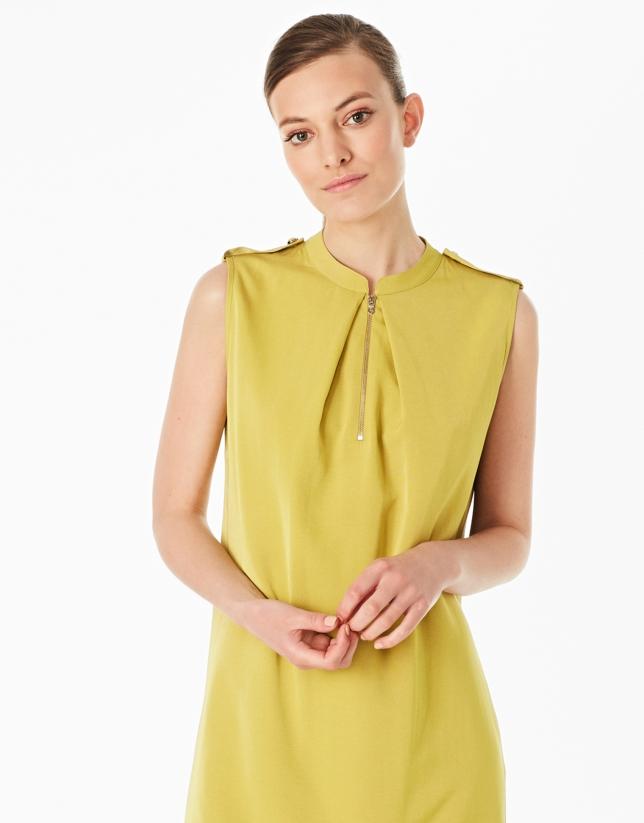 Vestido trabillas verde pistacho
