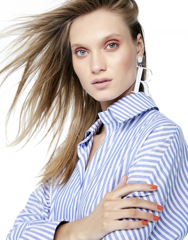 Blue/white striped shirt