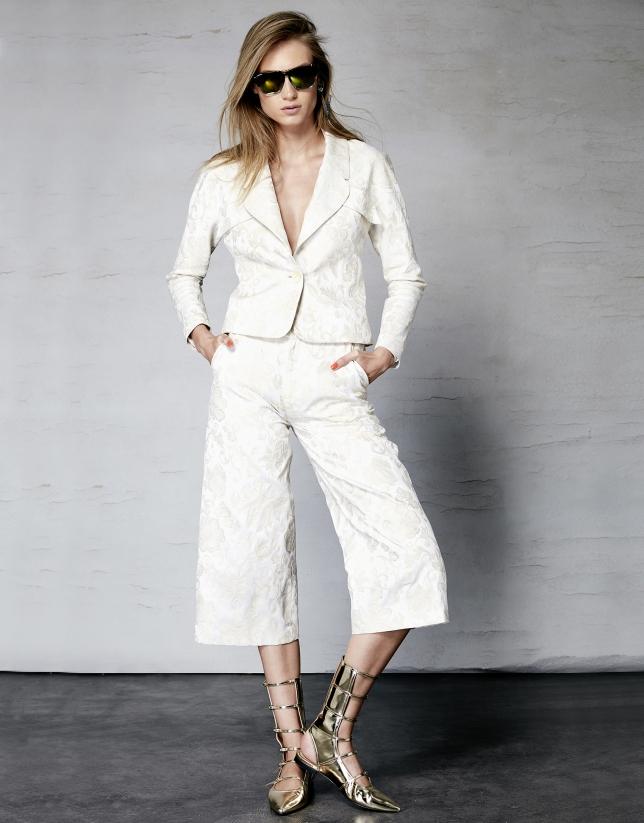 Short ivory jacquard jacket