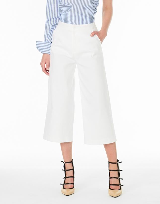 Pantalón coulotte blanco con bolsillos