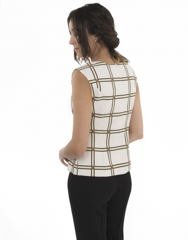 Sleeveless top with flaps