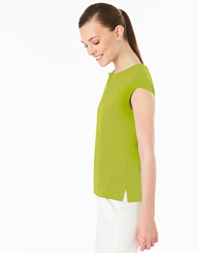 T-shirt sans manches couleur vert pistache
