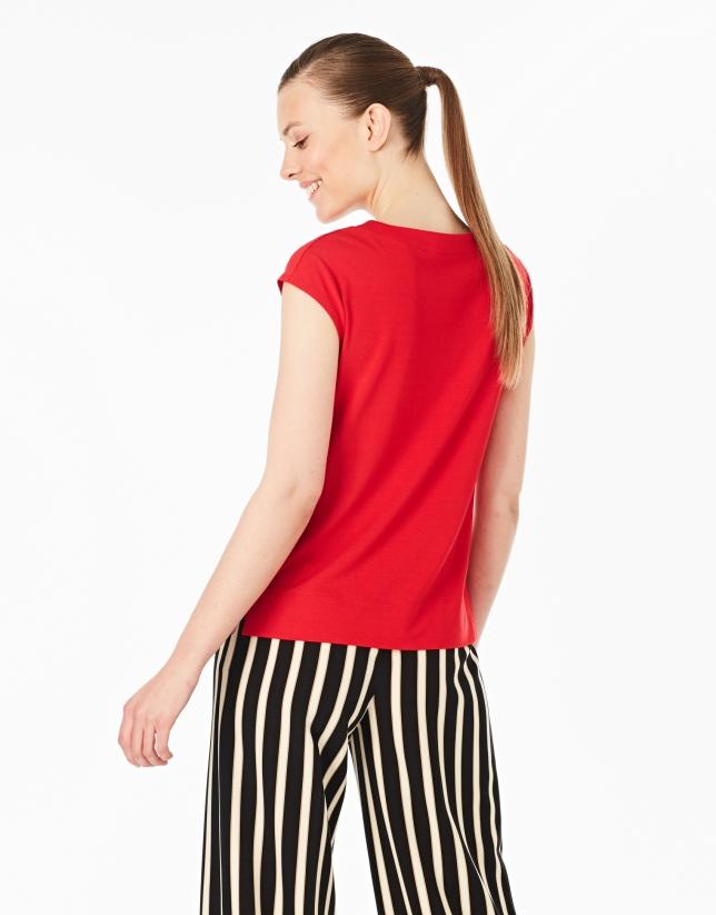 Camiseta sin mangas roja