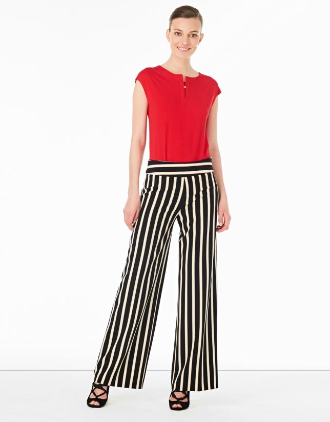 T-shirt sans manches couleur rouge