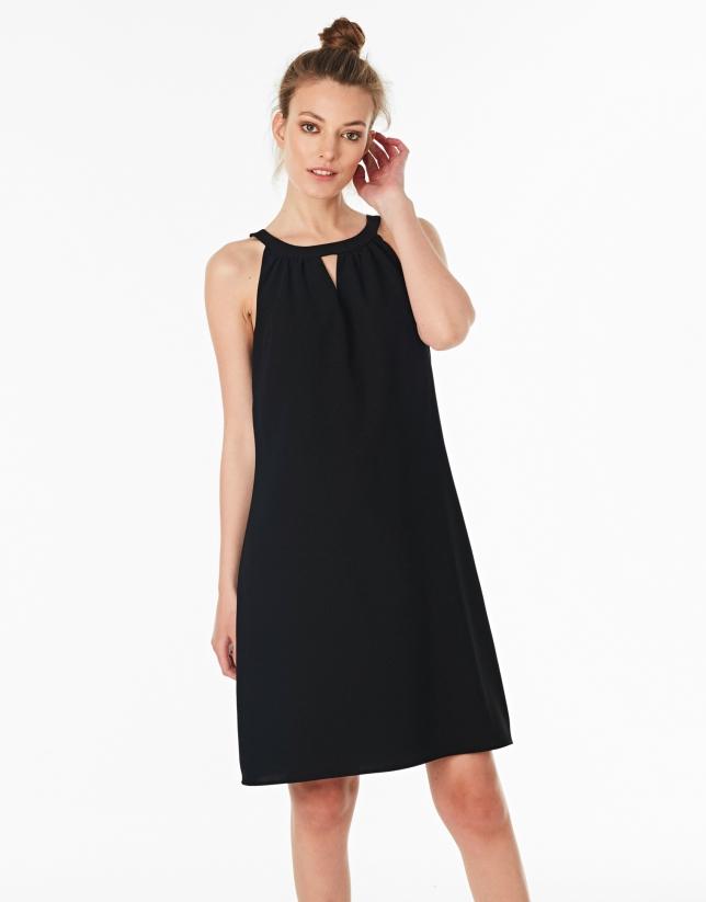 Vestido escote Halter negro