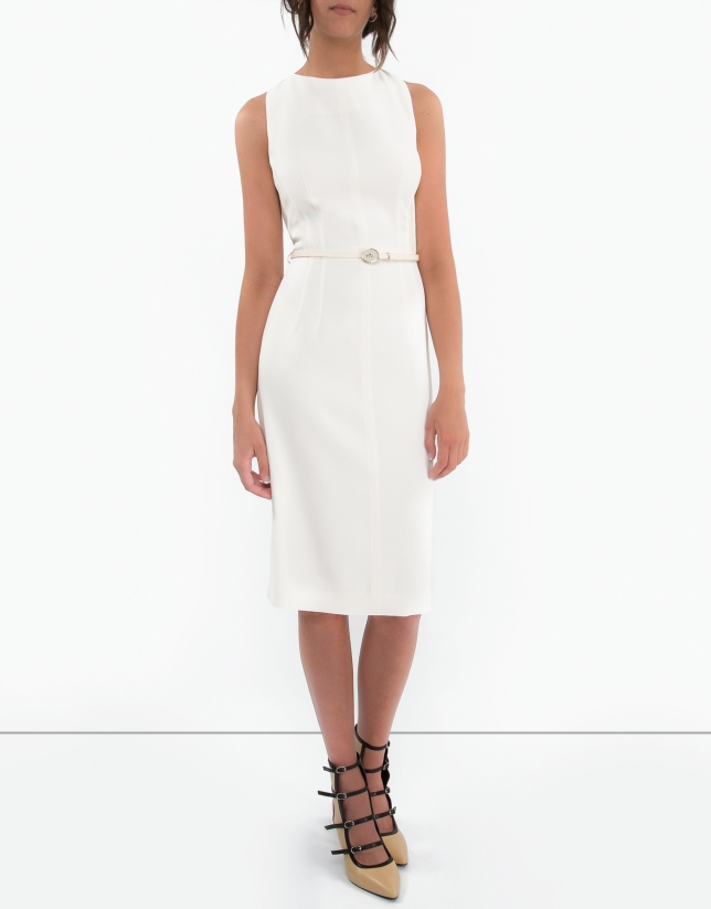 Robe blanc à surpiqûres