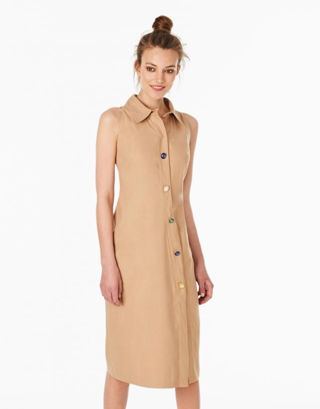 Robe-chemisier sans manches couleur camel