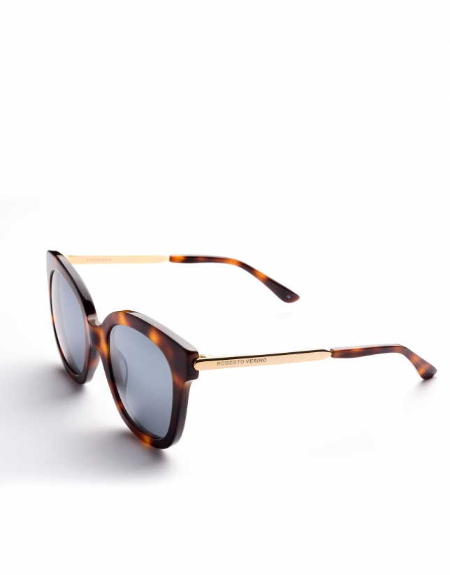 Brown tortoise plastic and metal frame sunglasses