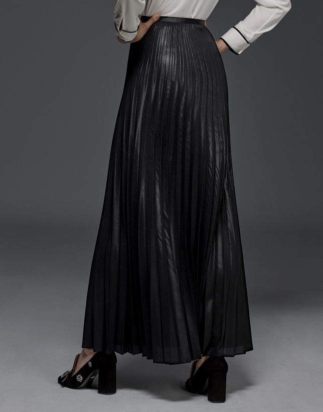 Long pleated party skirt
