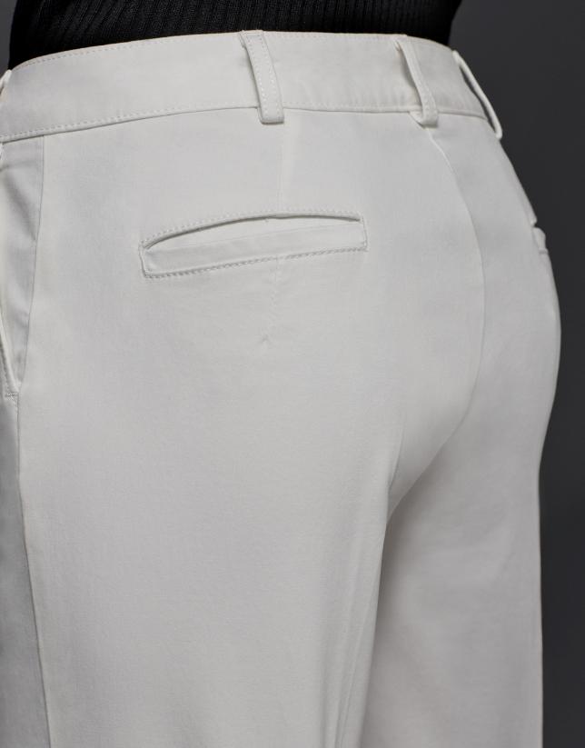 Pantalón recto crudo