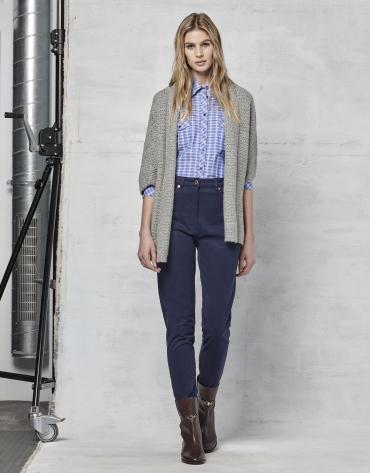 Pantalon décontracté couleur bleu marine