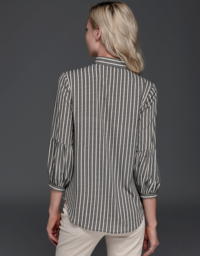 Blusa estilo pintor rayas grises