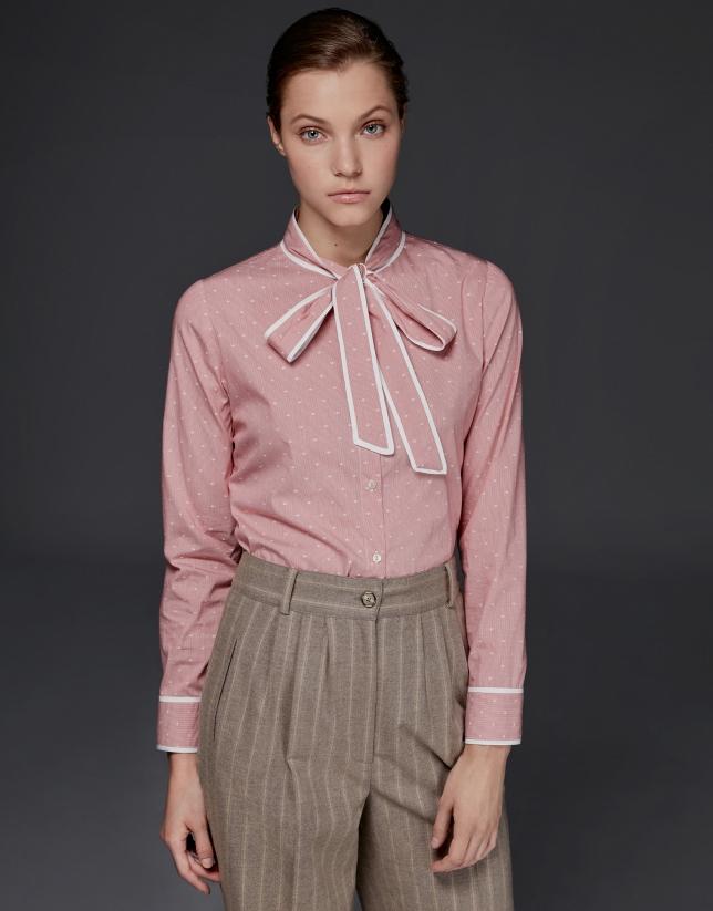 Chemise à ruban sur le col Vichy couleur corail