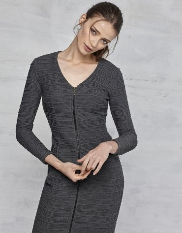 Robe stretch en gris marengo