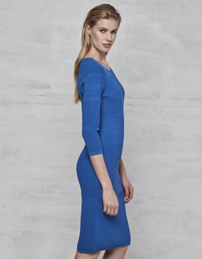 Robe en maille bleu saphir