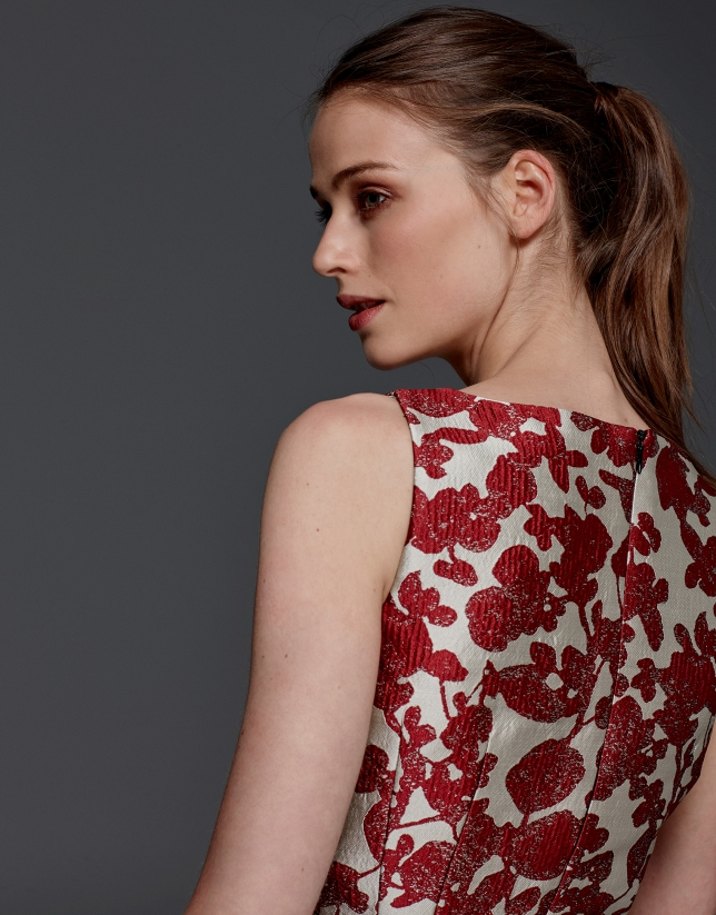 Maroon floral jacquard dress