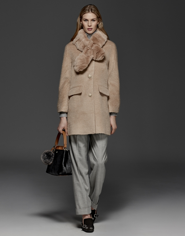 Beige retro coat with fur collar